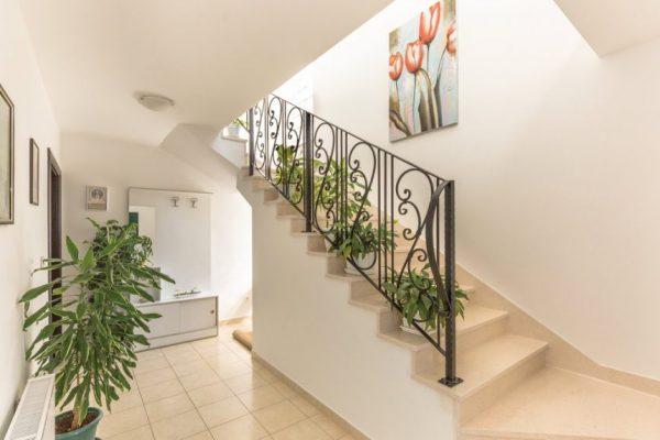 Hodnik i stepenište 1